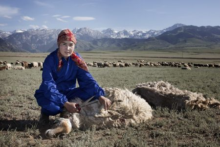 Yan Cangna - Ritratti Di Lavoratrici Cinesi